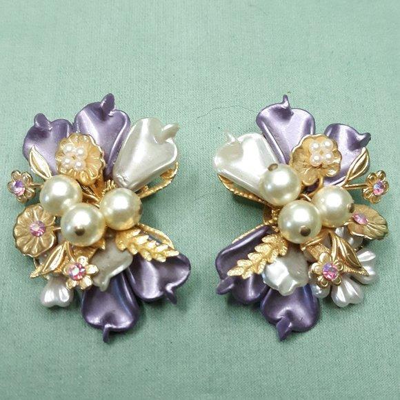 Pair of Vintage 1950s Faux Pink Opal with Purple Rhinestones Earrings  Aurora Borealis  NOS Jewelry